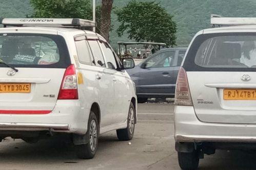 innova SUV Car
