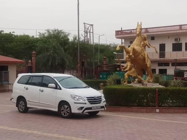 New innova Taxi